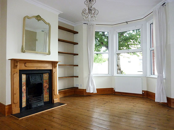 fantastic 2 bedroom victorian house with garden for rent